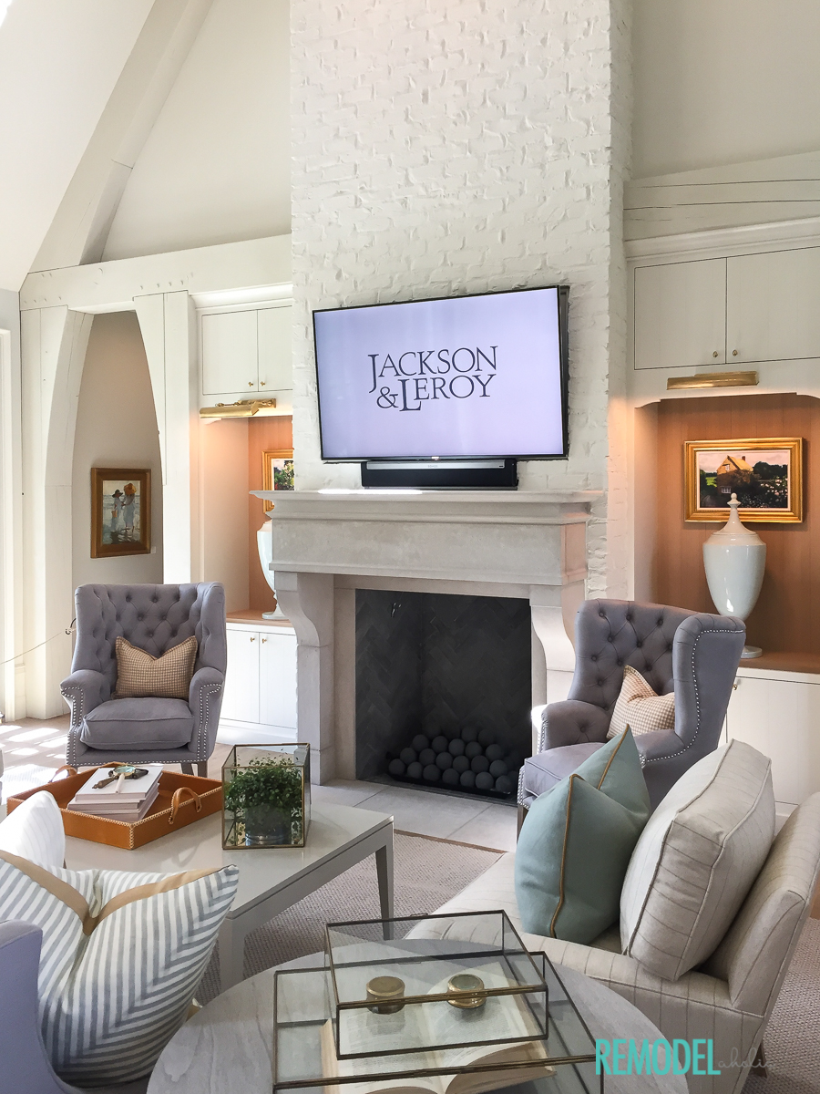Remodelaholic get this look ancient modern living room - Modern apartment living room ...