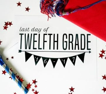 Free Printable Set: Last Day of School Signs