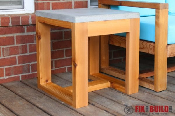 2x4 Wood Projects, concrete top outdoor side table by Fix This Build That