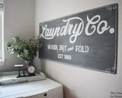 Free printable template! How to paint your own Fixer Upper Magnolia Market style laundry sign | farmhouse decor | laundry room | chalkboard | vintage