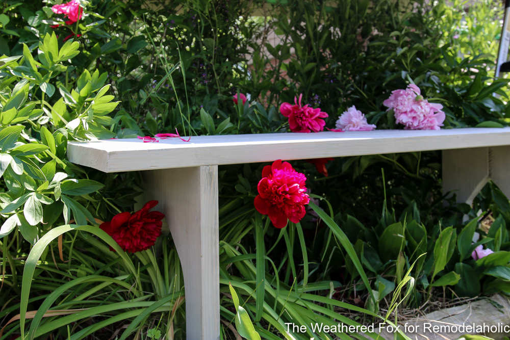 Easy Farmhouse Bench From Inexpensive Lumber Remodelaholic The Weathered Fox 17