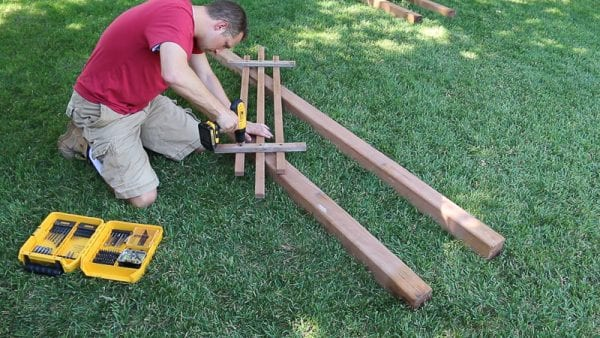 how to build an arbor from 2x4s