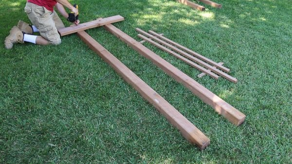 building a garden arbor wedding arch