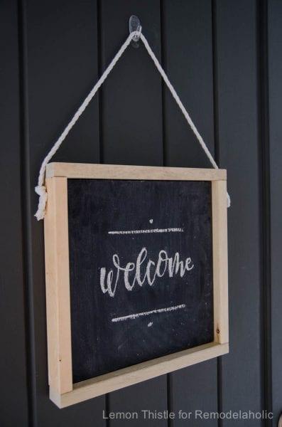 DIY Hanging Wooden Chalkboard- so simple! Plus free handlettered printable template