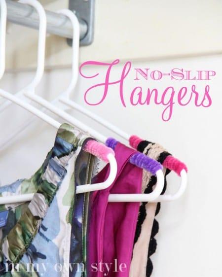 No Slip Clothes Hanger Tric