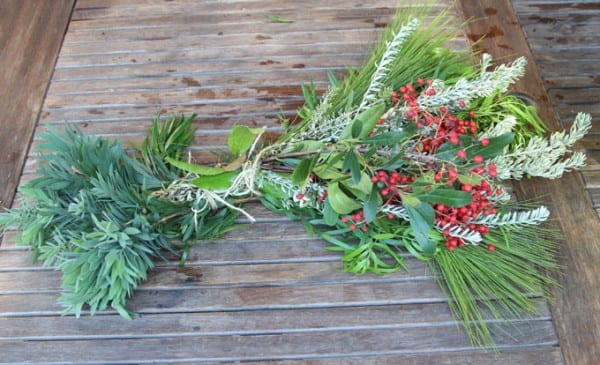 DIY Christmas Decor, evergreen swag, a tutorial from A Piece of Rainbow featured on Remodelaholic.