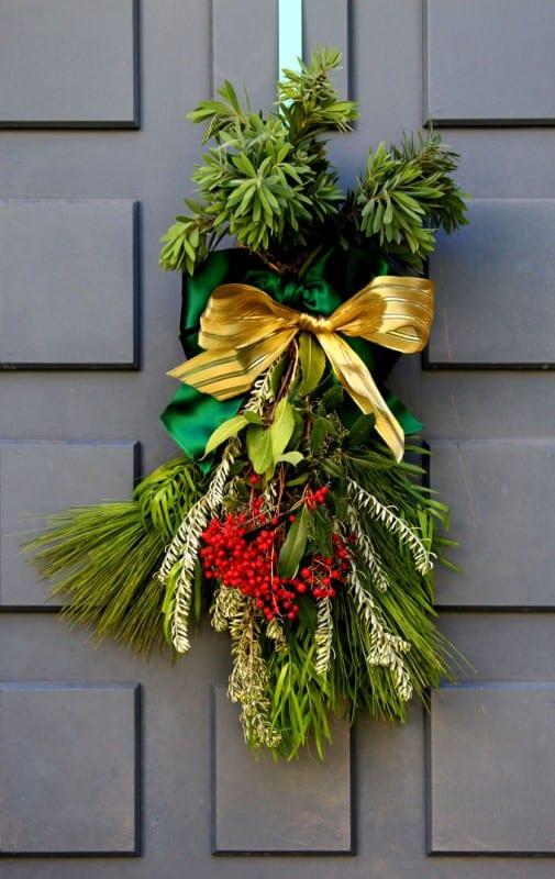 DIY Christmas Swag Apieceofrainbowblog Tutorial (18)