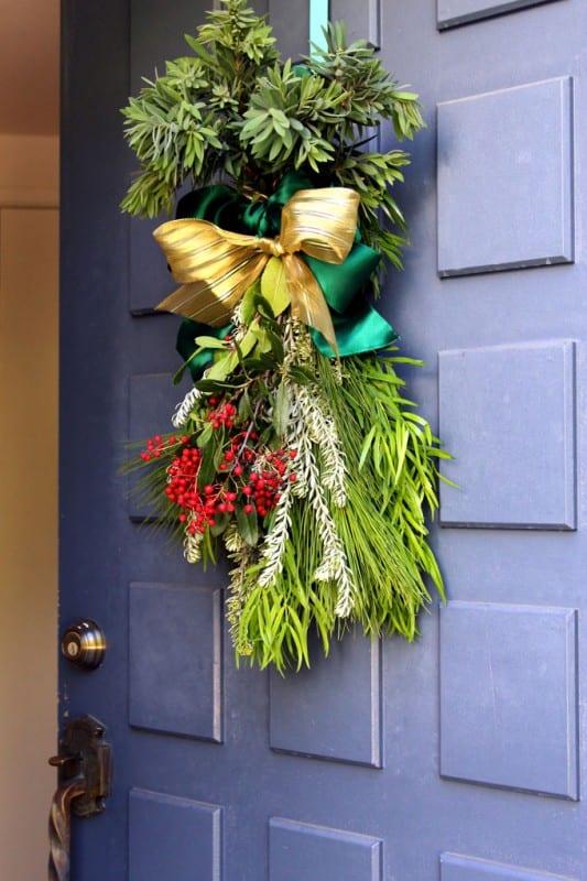 DIY Christmas Swag Apieceofrainbowblog Tutorial (20)