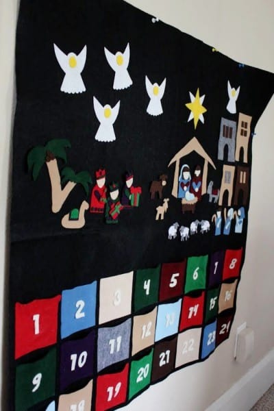 Advent Nativity Felt Side View