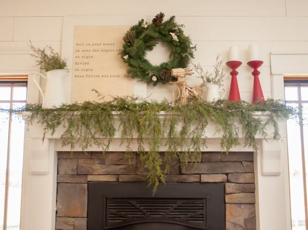 How To Style A Farmhouse Christmas Mantel