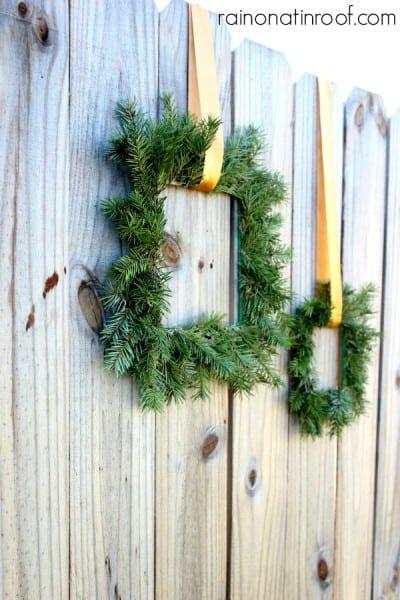 Square Paint Stick Wreaths 2