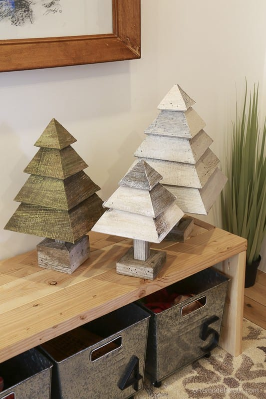 Christmas DIY Building Projects @Remodelaholic 55