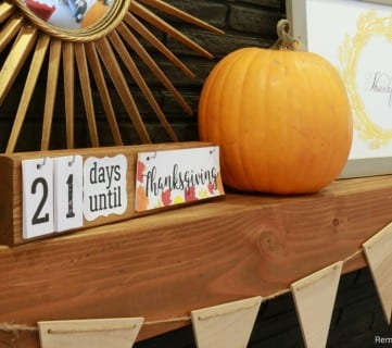 Easy DIY Holiday Countdown Board + Printables