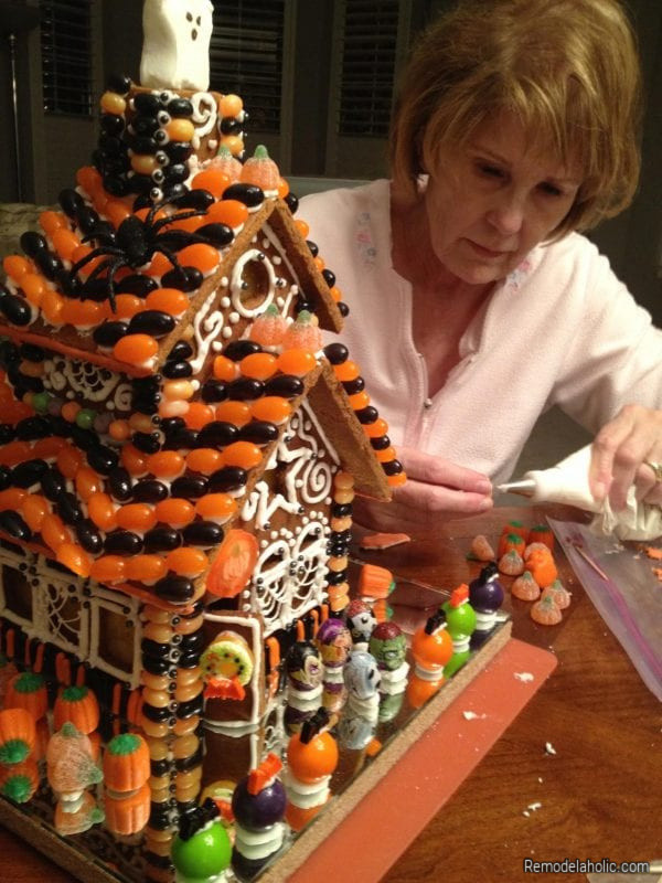 Halloween Gingerbread House Ideas From Remodelaholic