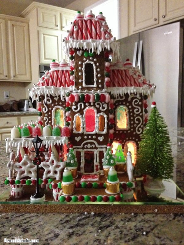 What To Use To Decorate A Gingerbread House, From Remodelaholic