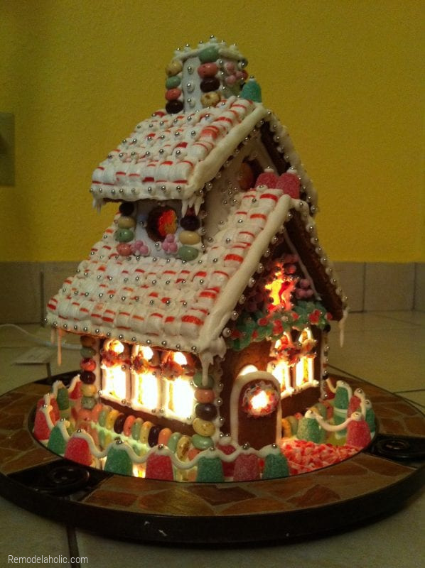 Decorating A Homemade Gingerbread House From Remodelaholic