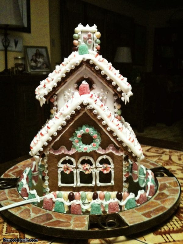 Gingerbread House Decorating Ideas From Remodelaholic