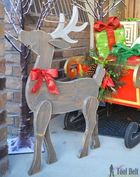 hertoolbelt diy wood reindeer and sleigh - Outdoor Wooden Reindeer Christmas Decorations
