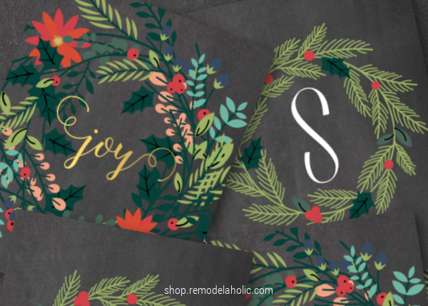 Holiday Joy Wreath Christmas Printable And Monogram Letter Wreath Print Set #remodelaholic