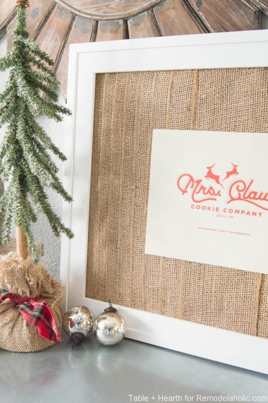 Easy Christmas Decorations: Mrs. Claus Printable in DIY layered burlap frame #remodelaholic