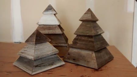 Remodelaholic 3d Christmas Trees In Garage Finish Pics (2)