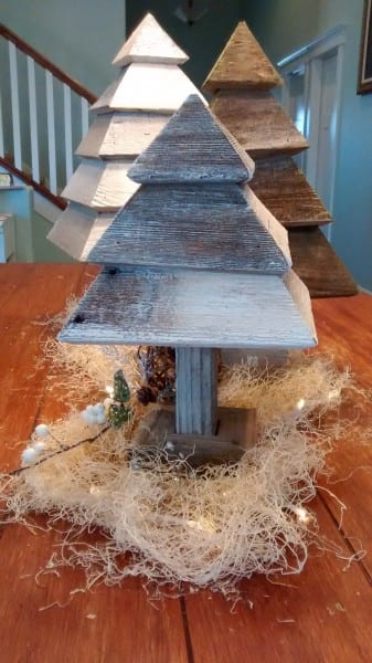Remodelaholic 3d Christmas Trees Photo On Table (3)