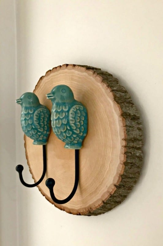 Wood Slice DIY Wall Hook Decor Ideas 8