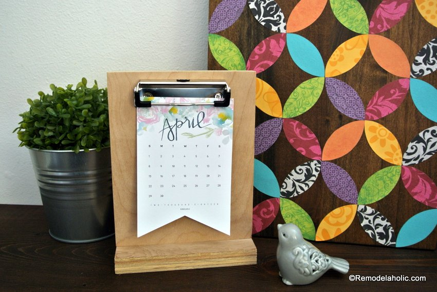 Desk Calendar Stand Diy : Remodelaholic watercolor printable calendar easy