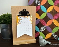 Free Printable 2018 Desk Calendar Plus Easy DIY Desktop Calendar Stand Or Photo Display @Remodelahol (5)