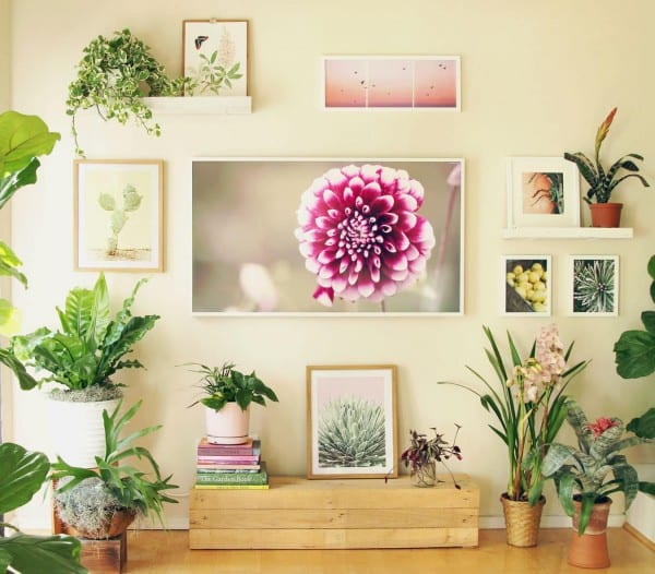 Best DIY Tutorials And Tips, TV Gallery Wall A Piece Of Rainbow