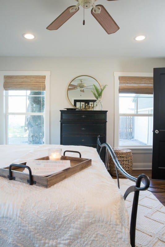 Details in a gorgeous farmhouse style bedroom. Get the look for the Fixer Upper Baker House Makeover at Remodelaholic.com Image viaMagnolia Market Used with permission