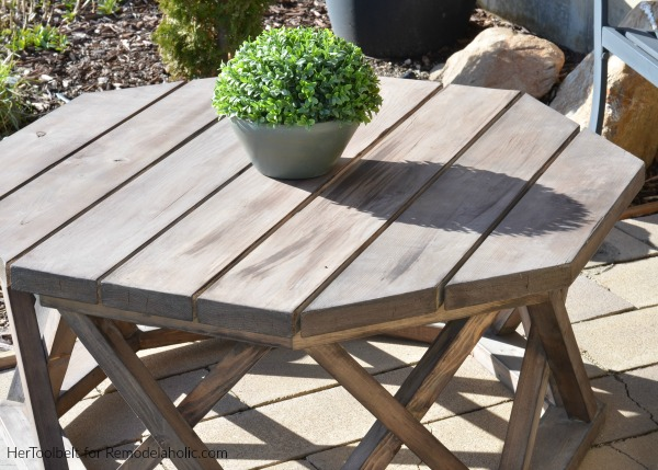 How To Build A DIY Round Or Octagon Outdoor Coffee Table | Outdoor Furniture Woodworking Plan