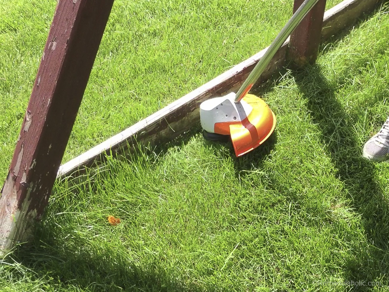 Tips For Trimming And Edging Your Lawn Like A Pro With Stihl @Remodelaholic 19