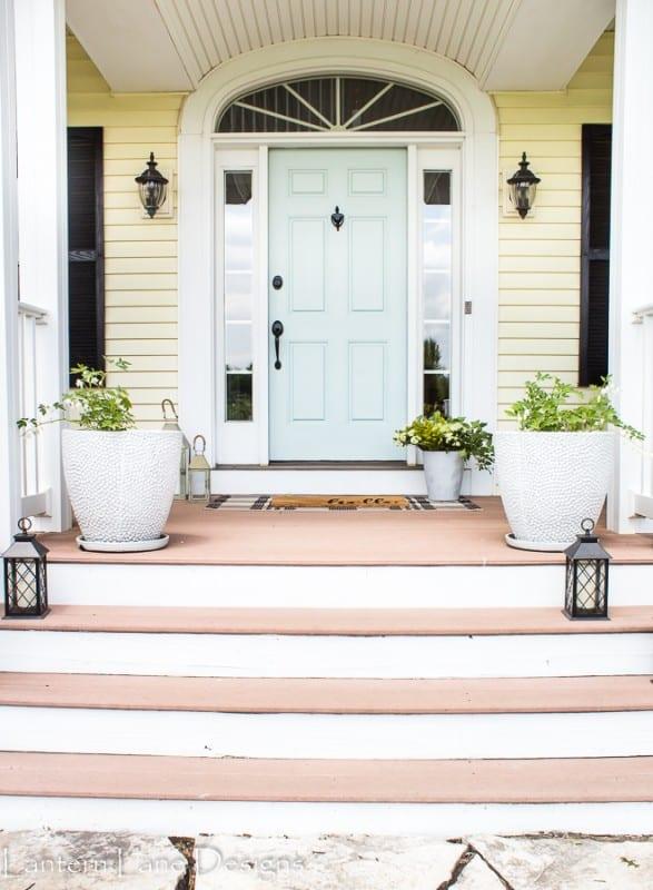 Front Porch Decorating, Lantern Lane Designs