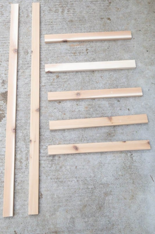 Easy DIY Vertical Wall Planter Ladder Building Tutorial Angela Marie Made Featured On Remodelaholic (1)