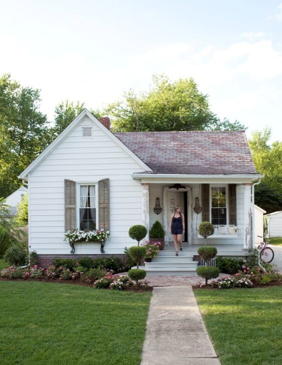 Plain to Pretty Curb Appeal Inspiration | Adding a Porch and Shutters #remodelaholic #curbappeal #virtualmakeover