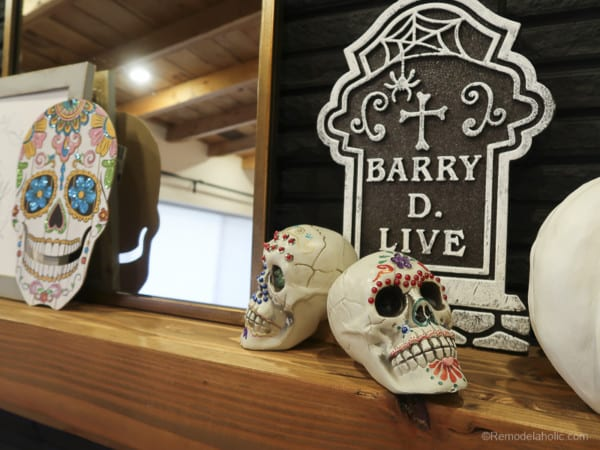 Dollar Store Halloween Hacks And Mantel Decor @Remodelaholic 61