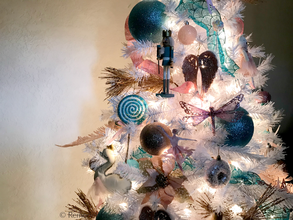 Remodelaholic Blue Pink And Gold Nuter Christmas Tree Decorating Tutorial