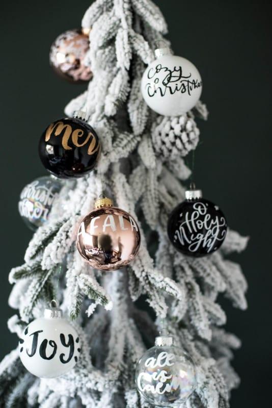 Colleen Lemon Thistle Handlettered Ornaments 3 Ways For VIDEO 6181106
