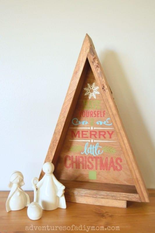 Rachel Diymom Wooden Triangle Christmas Tree