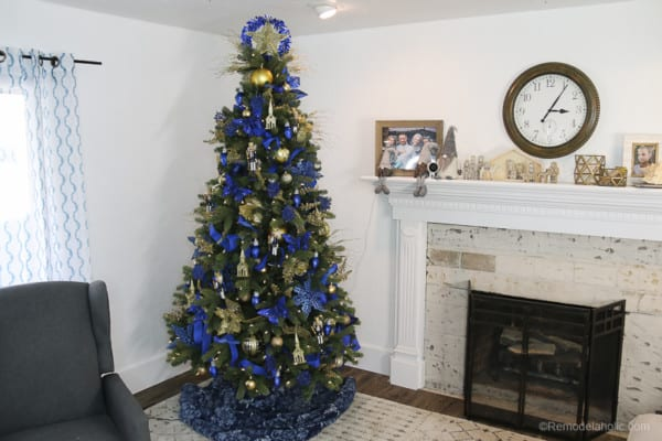 Blue and Gold Dollar Store Christmas Tree Under 50 @Remodelaholic 1