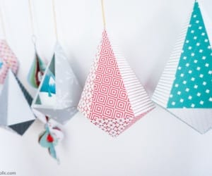 Diy Printable Paper Ornaments To Fold And Decorate For Christmas And Winter #remodelaholic (9)