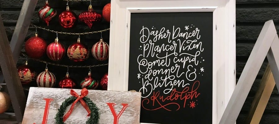 Easy DIY Chalkboard Signs for Christmas