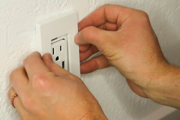 Smart Home Upgrade With USB Duplex Outlets And No Visible Screws Remodelaholic