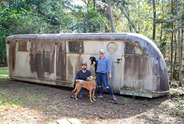 Ruby Vintage Travel Trailer 1946 Spartan Manor In Wooded Field 1440x974