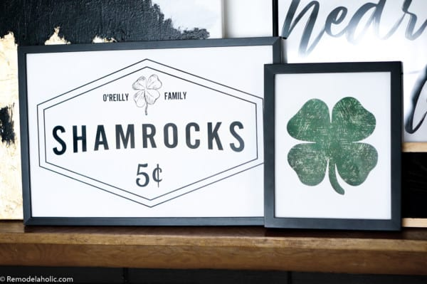 Customized Shamrocks For Sale Sign And Distressed Green Clover Printable Green Wall Art For St Patricks Day #remodelaholic