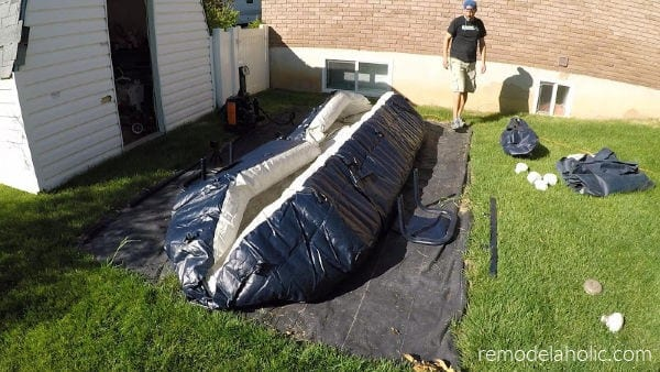 Inflatable Pool Setup And Maintenance Tips #remodelaholic