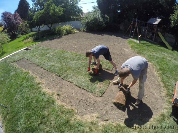 Remodelaholic Pro Tips For Diy Sod Installation