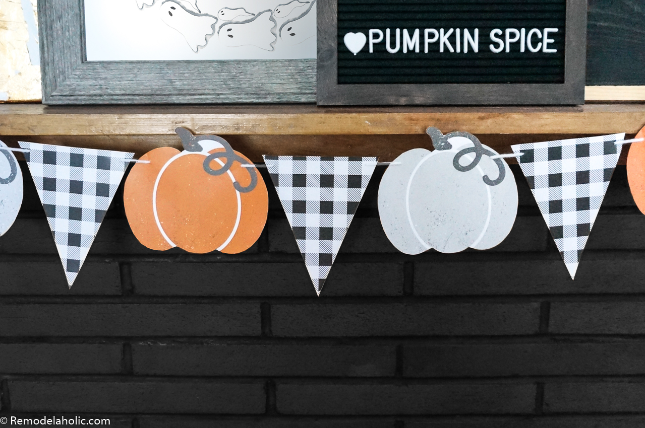 Remodelaholic Printable Pumpkin Bunting Garland For A Farmhouse Fall Or Retro Halloween Mantel