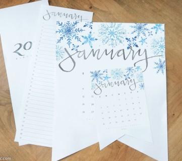 2020 Handlettered Calendar Printable #remodelaholic